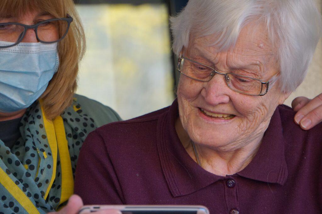 serving memory care, independent living, senior living, assisted living